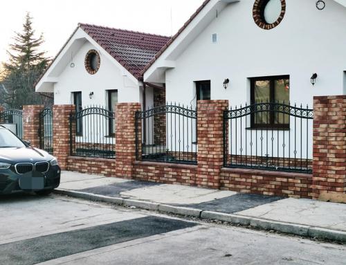 Šamorín kovaný plot s ornamentami v elegantnom gotickom prevedení LK2021_január